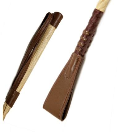 """Látigo marrón oscuro de la colección """"Soleil"""" de Cravaches.com"""